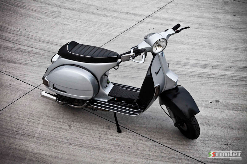 Vespa PX 200 slightly mild to wild